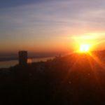 Солнце встает..